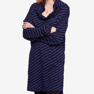 FREE PEOPLE Women's Navy Striped Long Sleeve Tunic